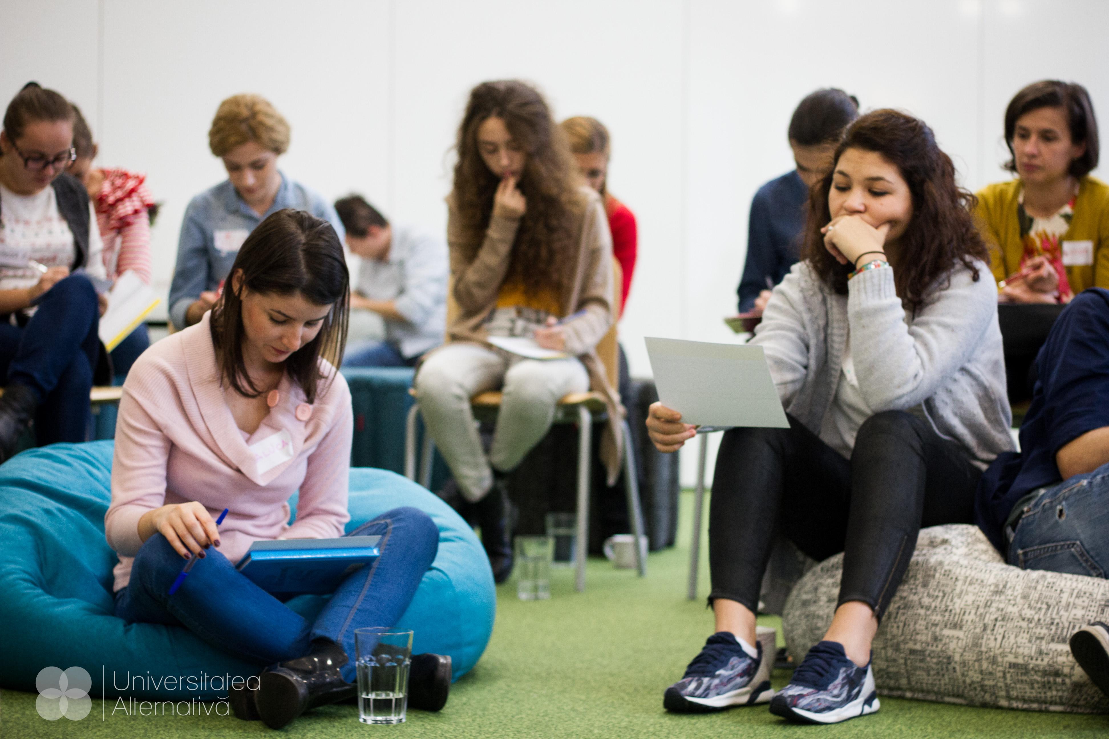 Ce fac dacă vreau să fiu student alternativ, dar nu îmi permit?